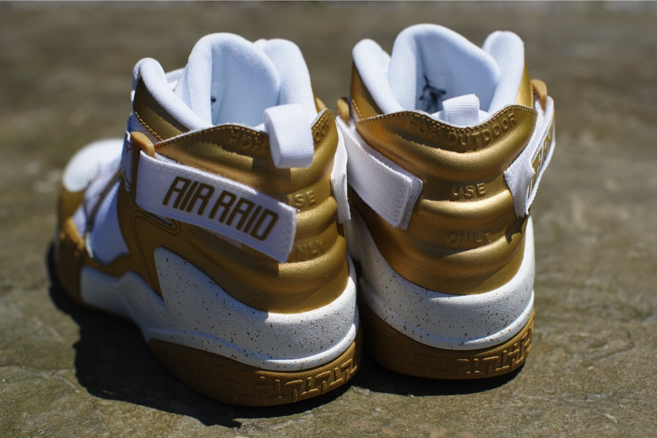 nike-air-raid-metallic-gold-white-release-date-info-6