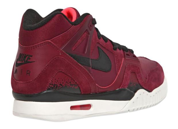 nike-air-tech-challenge-ii-burgundy-3