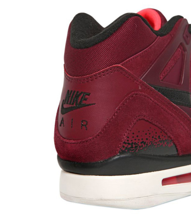 nike-air-tech-challenge-ii-burgundy-4