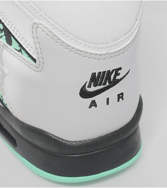 nike-air-tech-challenge-ii-hybrid-qs-green-glow-new-images-7