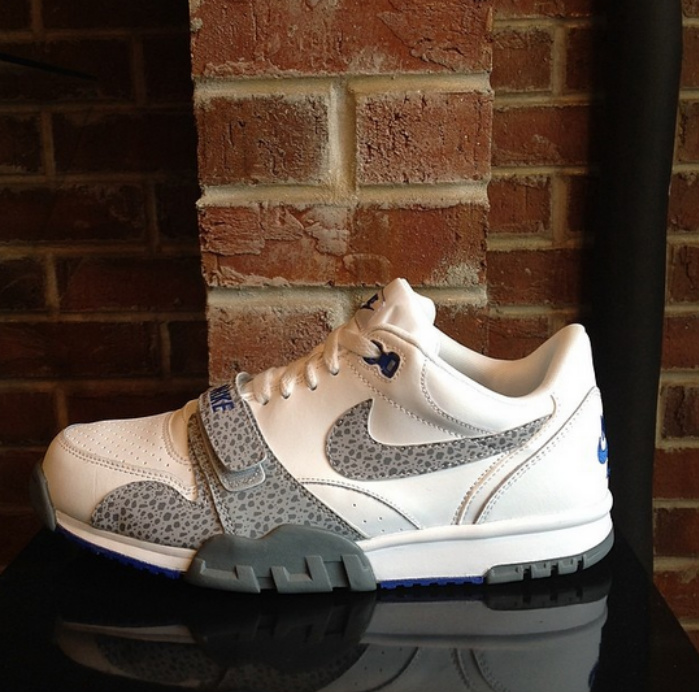 nike-air-trainer-1-low-white-wolf-grey-game-royal