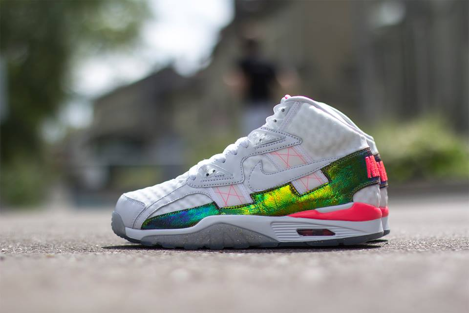 nike-air-trainer-sc-high-prm-qs-white-white-hyper-punch-1