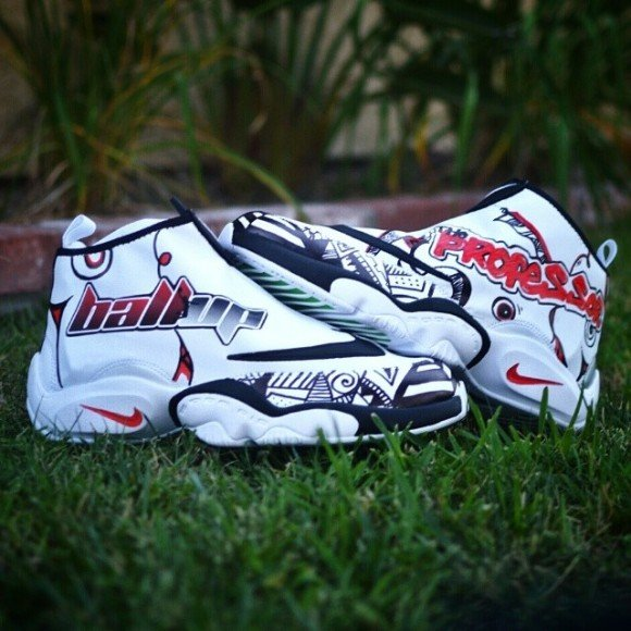 nike-air-zoom-flight-ball-up-gloves-customs-by-kickstradomis