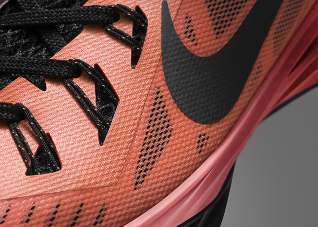 nike-hyperdunk-2014-officially-unveiled-5