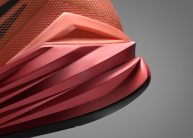 nike-hyperdunk-2014-officially-unveiled-7