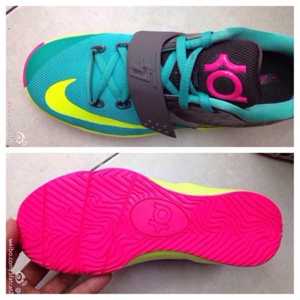 nike-kd-vii-7-ps-teal-black-volt-hyper-pink-3