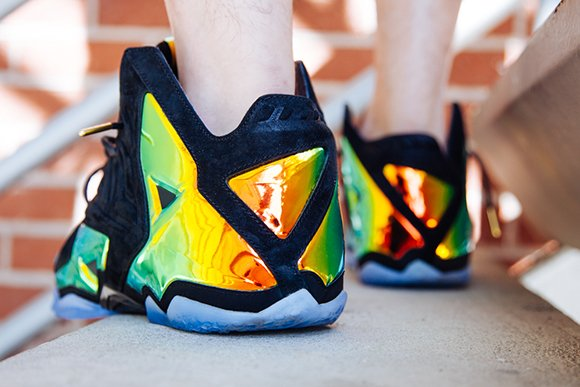 Nike LeBron 11 EXT Kings Crown aka Crown Jewel On-Foot