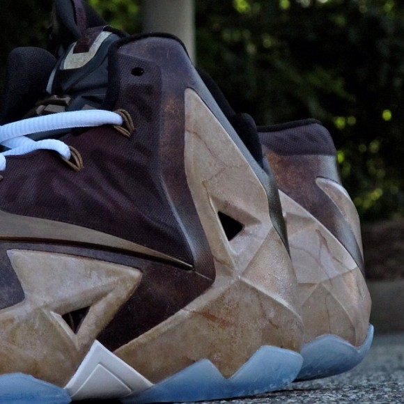 nike-lebron-11-great-hall-customs-by-district-customs-202