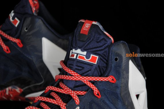 nike-lebron-xi-11-independence-day-new-images-5