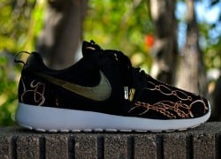 "Nike Roshe Run ""Midas Touch"" Customs by Kickstradomis"