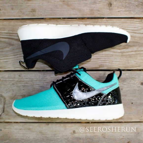 nike-roshe-run-tiffany-run-a-dunk-customs-by-see-roshe-run