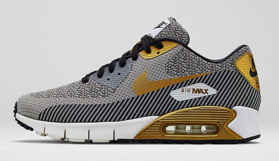 nike-sportswear-gold-hypervenom-collection-6
