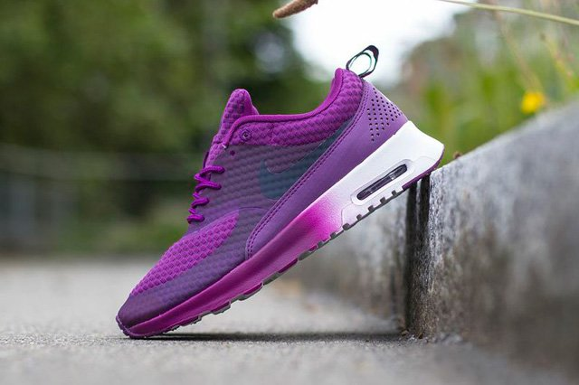 nike-wmns-air-max-thea-bright-grape-obsidian-metallic-silver-white-3