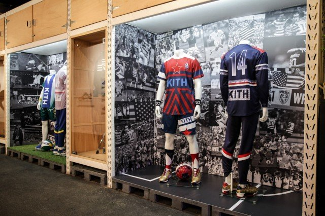 ronnie-fieg-asics-kith-football-equipment-pop-up-shop-in-brazil-1