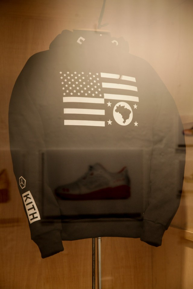 ronnie-fieg-asics-kith-football-equipment-pop-up-shop-in-brazil-11
