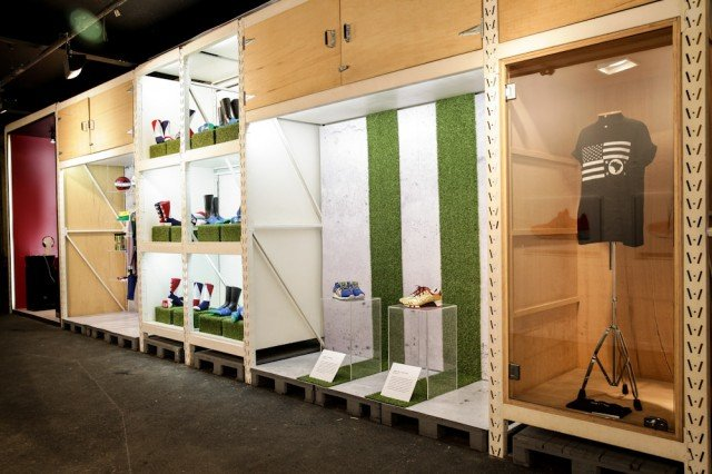 ronnie-fieg-asics-kith-football-equipment-pop-up-shop-in-brazil-5