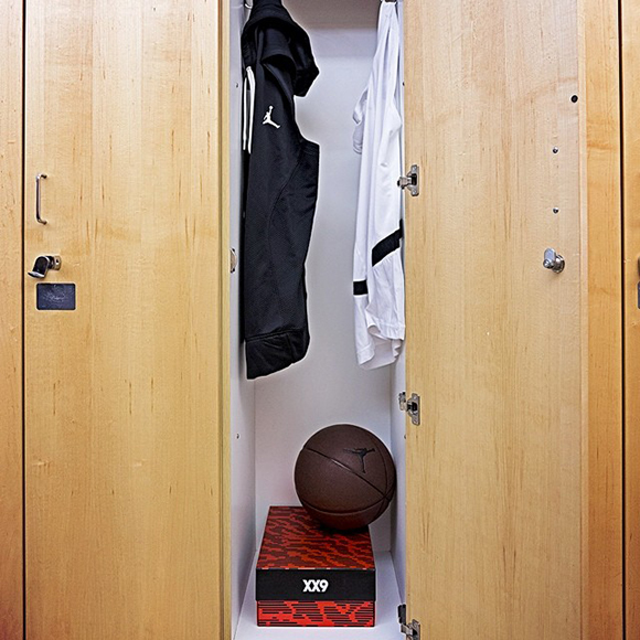 Check out the Air Jordan XX9 Packaging Box