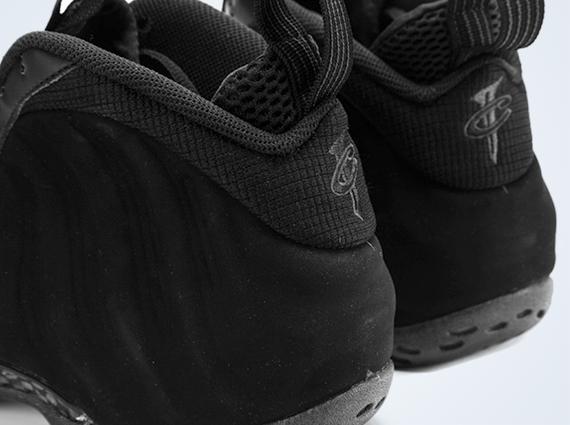 Nike Air Foamposite One 'Black Suede'