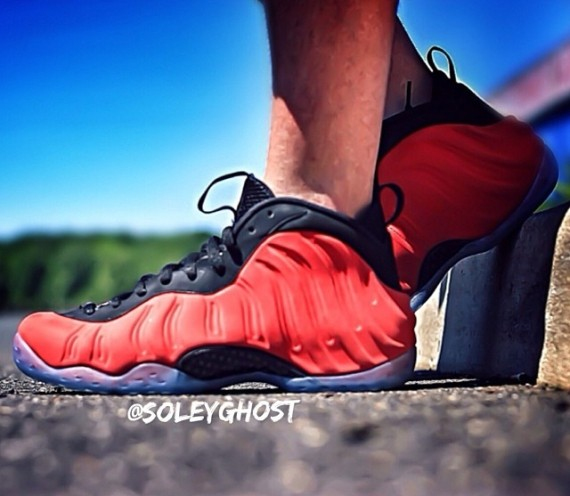 nike-air-foamposite-one-red-suede-2
