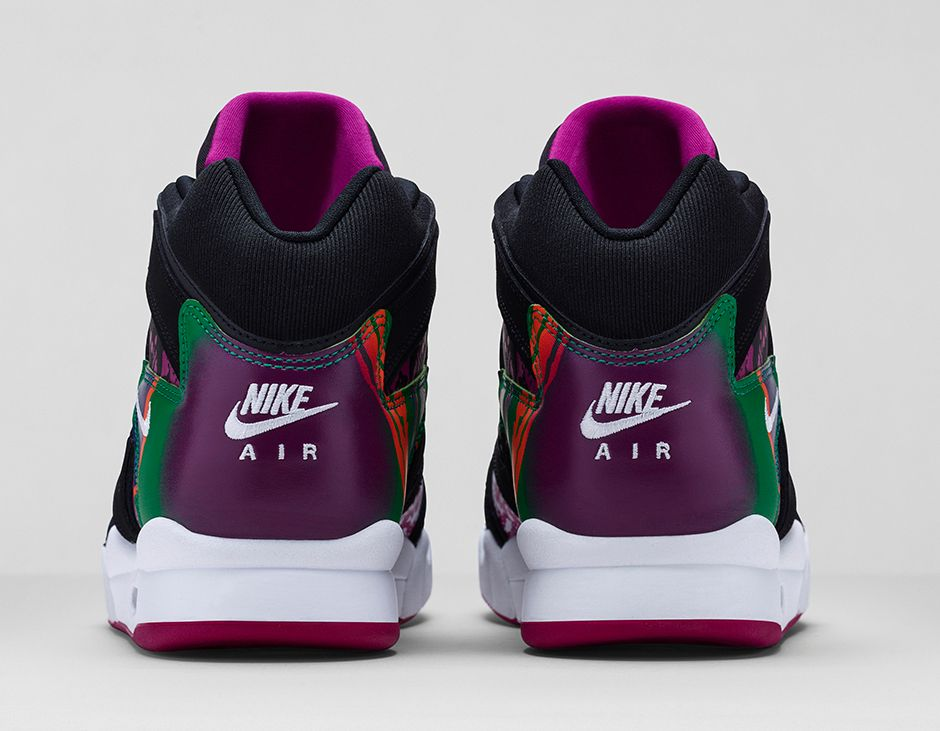 nike-air-tech-challenge-hybrid-black-rave-pink-varsity-purple-white-5