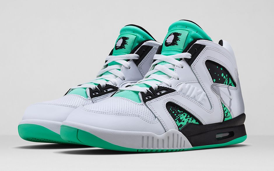 nike-air-tech-challenge-hybrid-white-green-glow-wolf-grey-ice-release-date-info-1