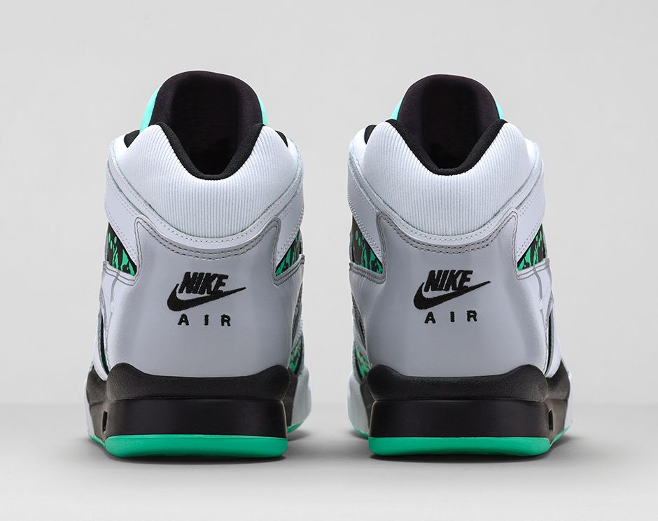 nike-air-tech-challenge-hybrid-white-green-glow-wolf-grey-ice-release-date-info-5