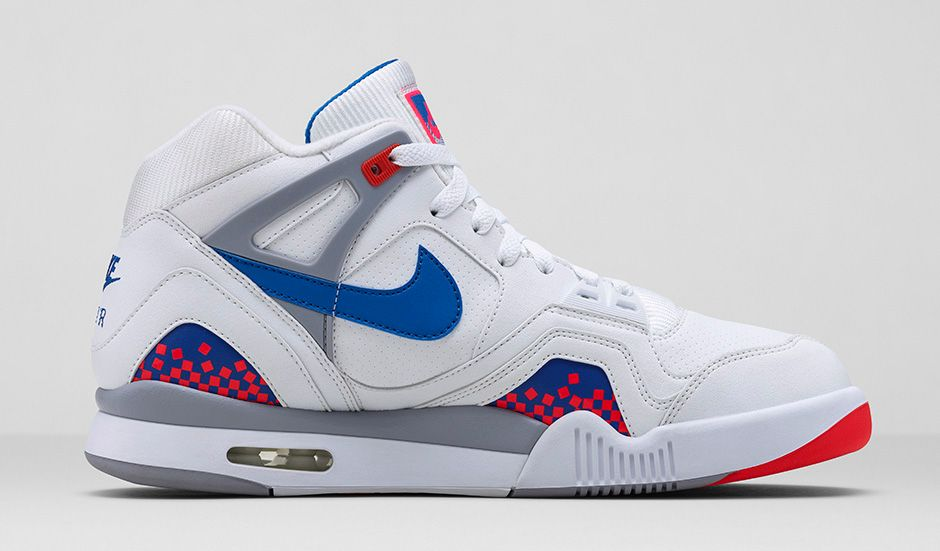 nike-air-tech-challenge-ii-white-royal-blue-infrared-flt-silver-3