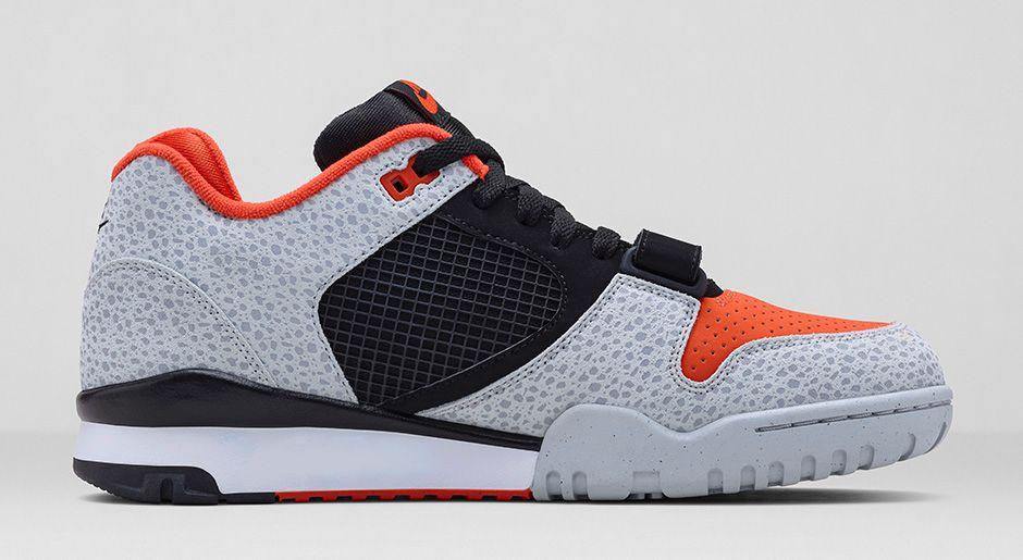 nike-air-trainer-ii-prm-barry-sanders-black-team-orange-wolf-grey-black-release-date-info-3