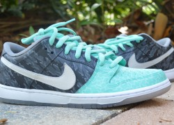 Nike SB Dunk Low 'Mint Toe Dunks' Customs by C. Whitt Customs