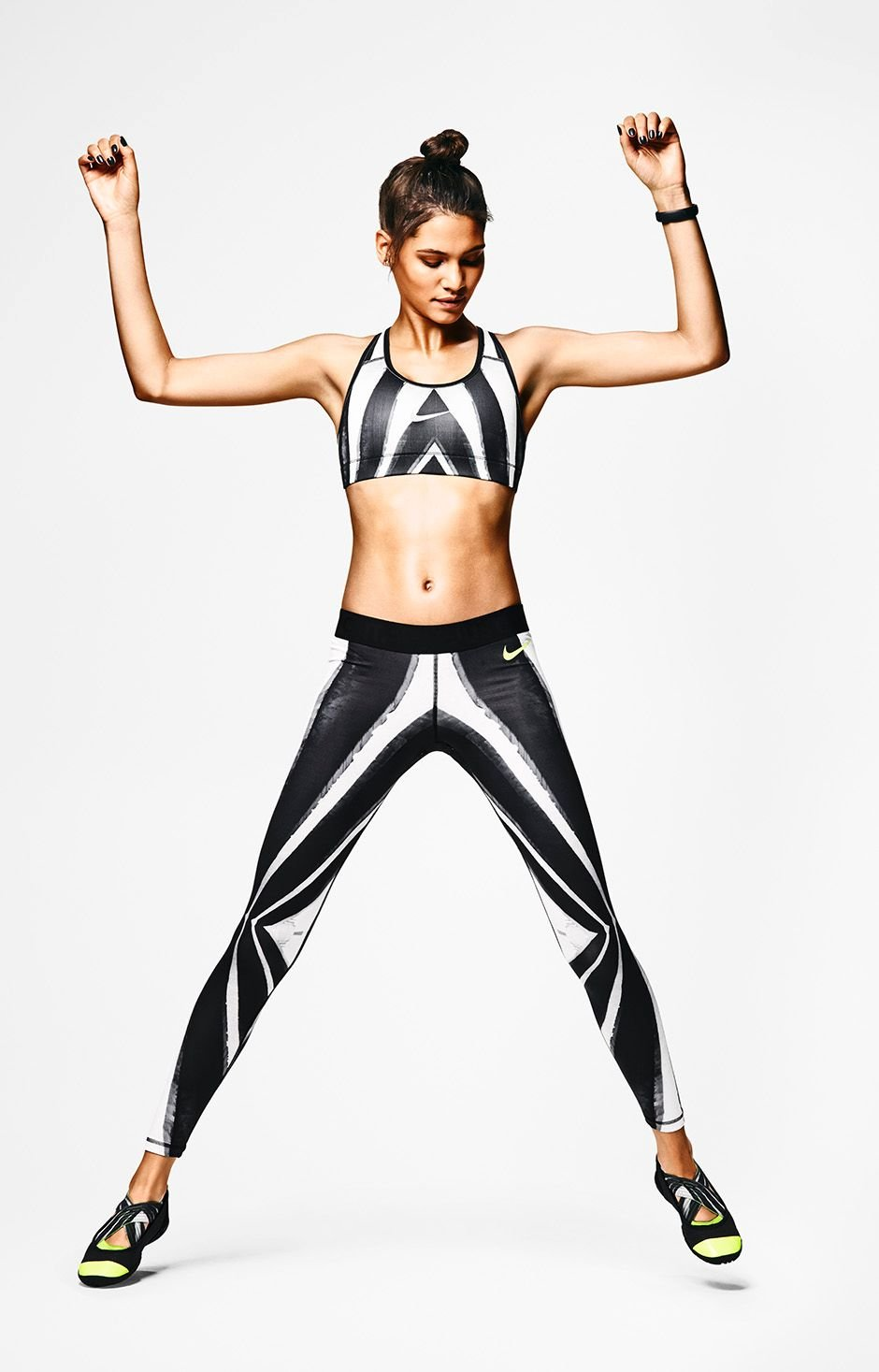 nike-tight-of-the-moment-flavio-and-jayelle-collection-7