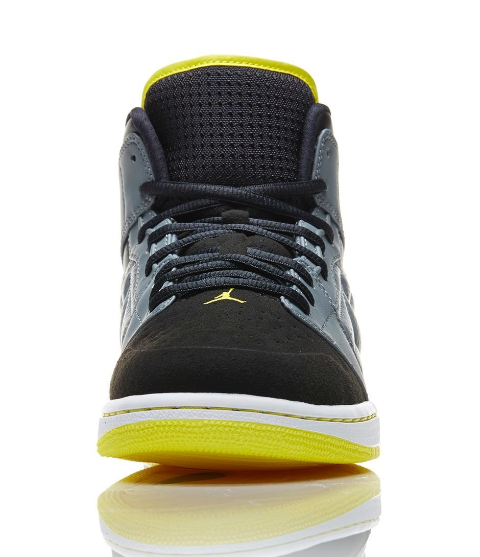 release-reminder-air-jordan-1-retro-99-cool-grey-vibrant-yellow-black-4
