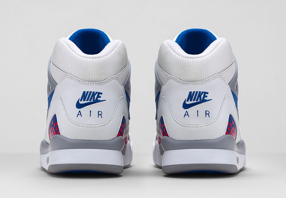 release-reminder-nike-air-tech-challenge-ii-white-royal-blue-infrared-flt-silver-5