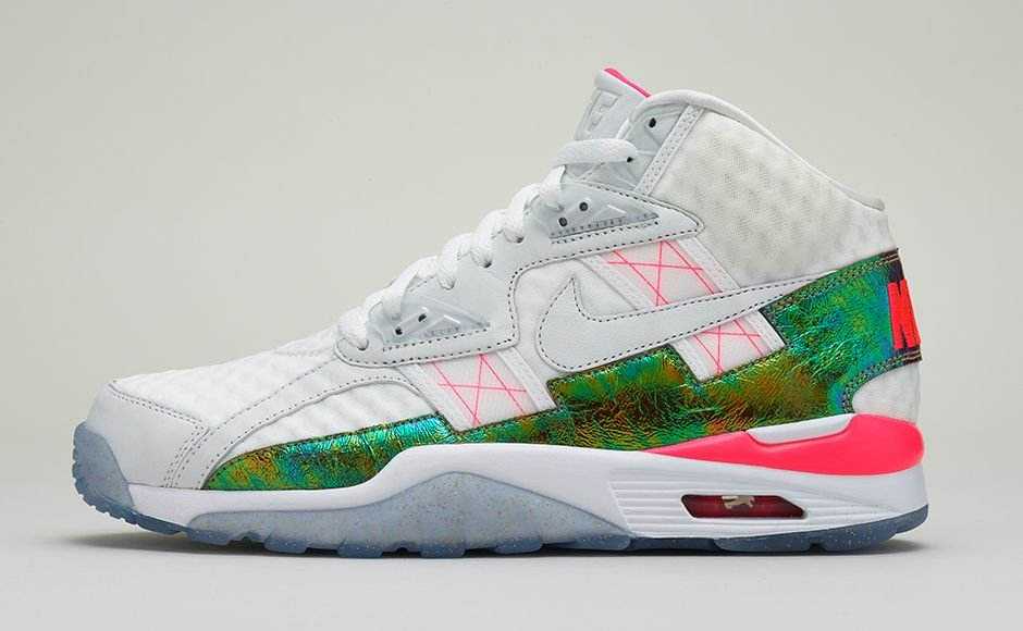 release-reminder-nike-air-trainer-sc-high-white-hyper-punch