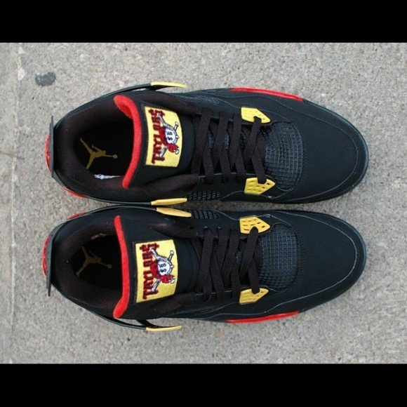 air-jordan-retro-4-taylor-gang-customs-by-hippie-neal