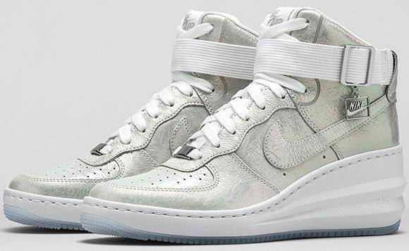 Nike Womens Lunar Force 1 Sky Hi Iridescent Pearl