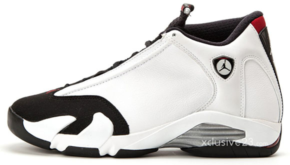 Air Jordan 14 (XIV) Retro Black Toe 2014
