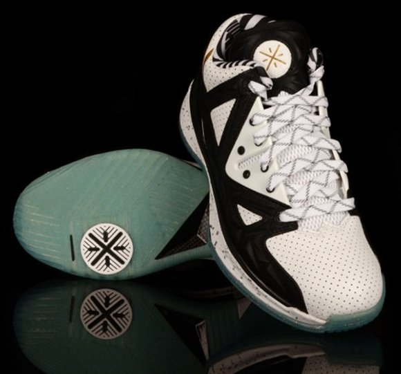 Li-Ning Way of Wade 2.5 Stormshadow - Now Available