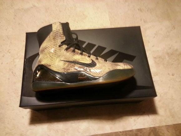 Nike Kobe 9 EXT Snakeskin