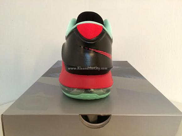 Release Date: Bad Apple Nike KD 7