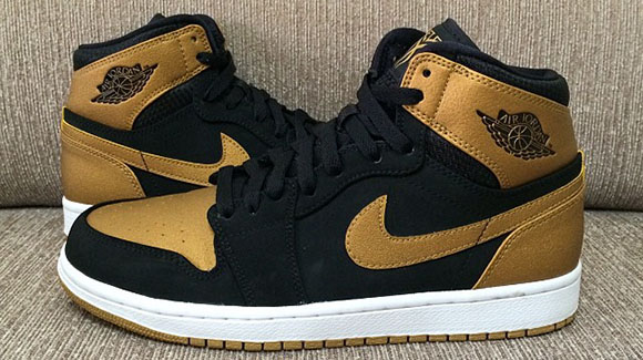 Air Jordan 1 Carmelo Anthony PE Black Gold - Another Look  d7095ffeb