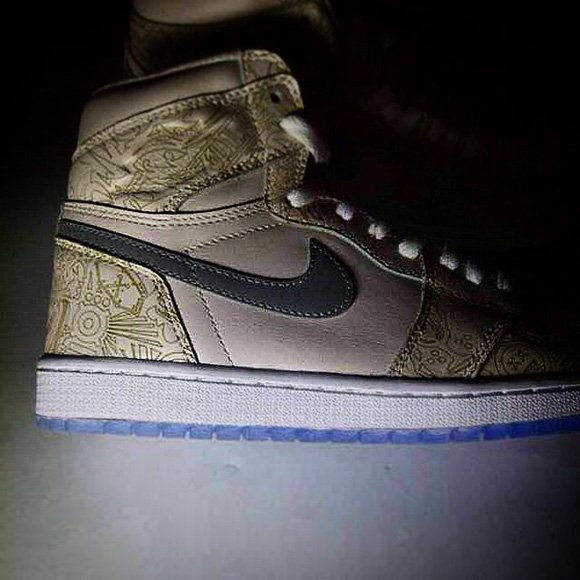 Air Jordan 1 Laser 2015 (30th Anniversary)