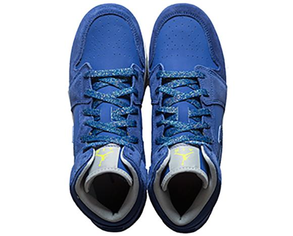 Air Jordan 1 Mid Deep Royal Blue