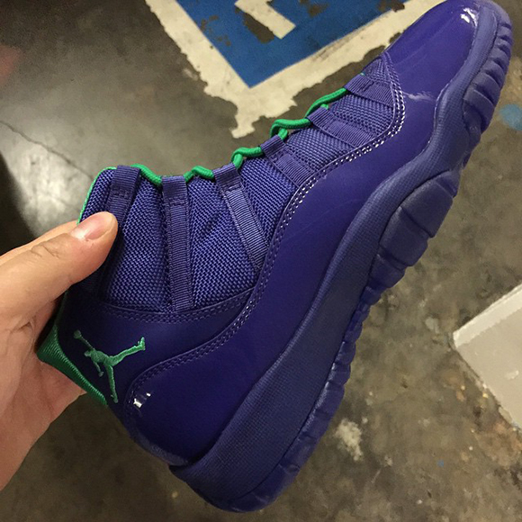 Air Jordan 11 GS Hornets - Another Look