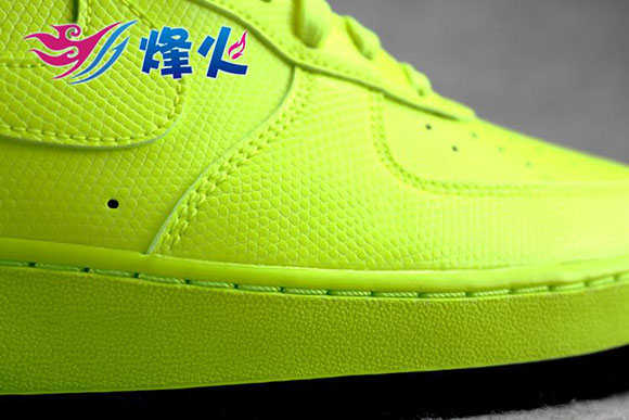 Nike Air Force 1 Low Volt/Black