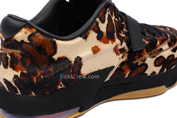 Nike KD 7 EXT Pony Hair is Releasing