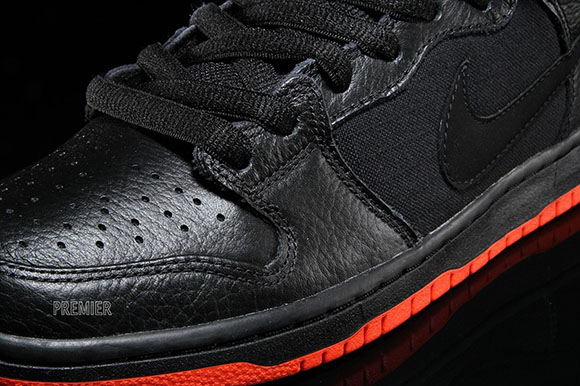 Nike SB Dunk Mid Halloween - Detailed Look