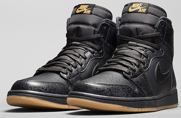 Air Jordan 1 Retro High OG Black Gum Official Images