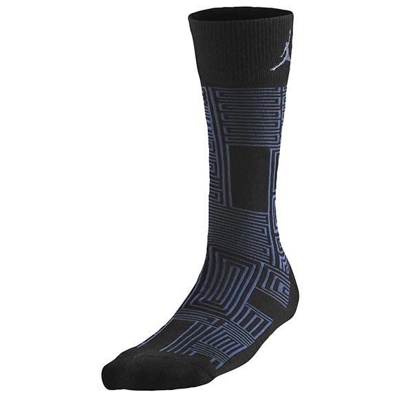 Jordan Retro 11 Legend Blue Sneaker+ Socks