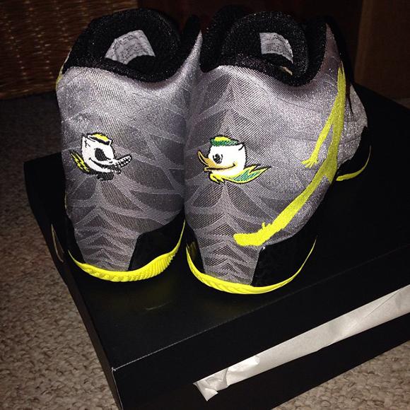 Air Jordan XX9 Oregon Ducks PE
