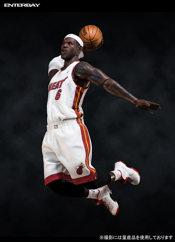 LeBron James Enterbay Figure